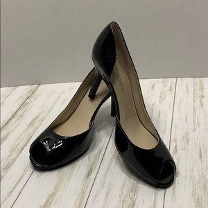Size 7.5 Kelly & Katie Black Jubilee Heels